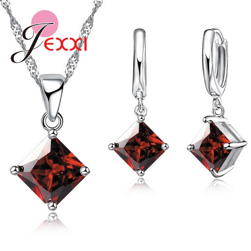 925 Sterling Silver Diamond Shaped Zircon Set
