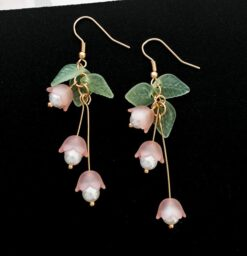 Sweet Lilies flower earring