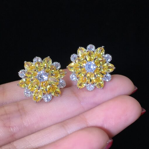 925 Sterling Silver Yellow Daisy Flower with Zircons 9